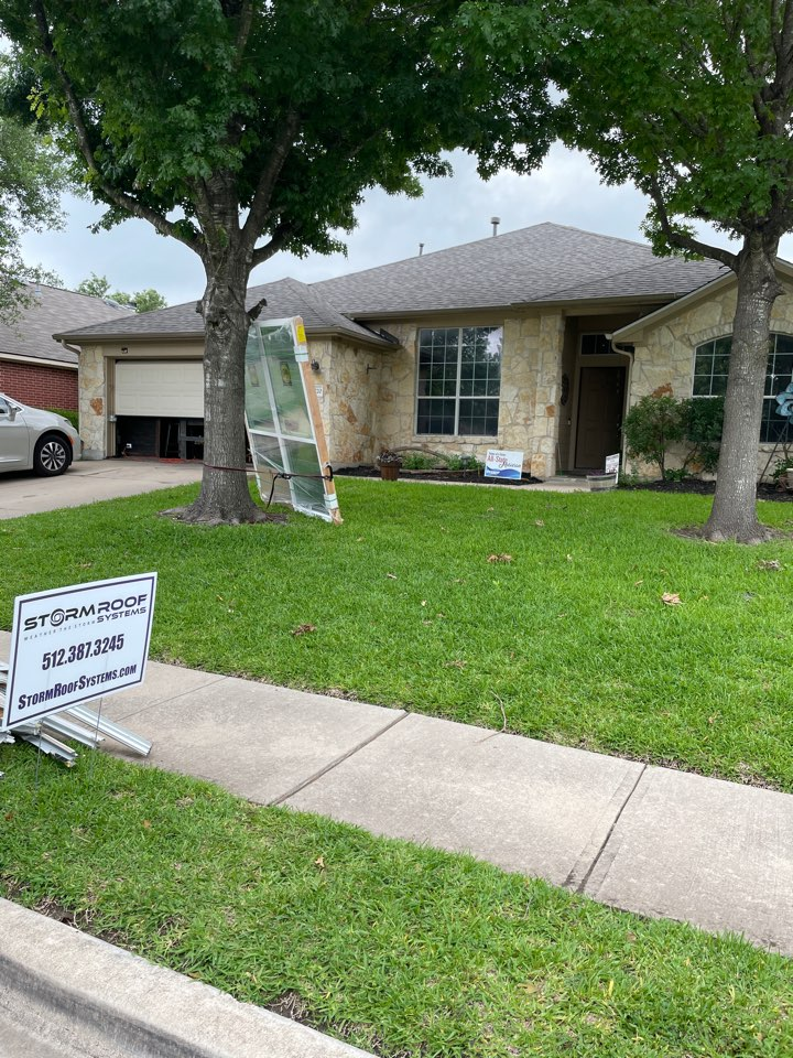 Pflugerville, TX - Recently completed full roof replacement all on Insurance' dime! Thanks to another customer seen all the way to the end from a door knocking session in Pflugerville, TX just north of Austin. Completed replaced with CertainTeed Landmark Architectural Laminate shingles