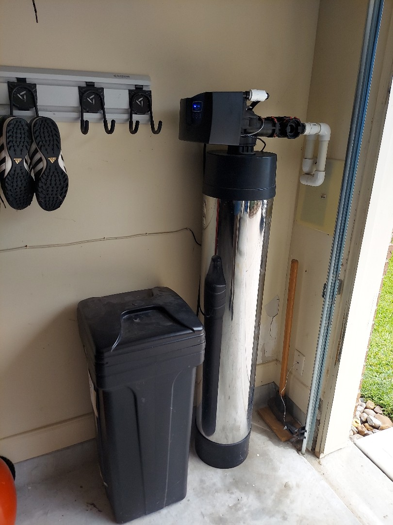 Porter, TX - Customer lost water pressure in her home so we did a resin change in her Fleck 7000 water softener
