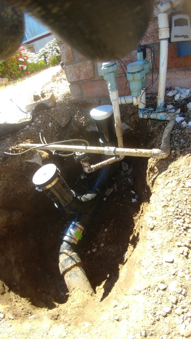 Vacaville, CA - Clogged Sewer line. Repaired clean out and digitally camera line.
