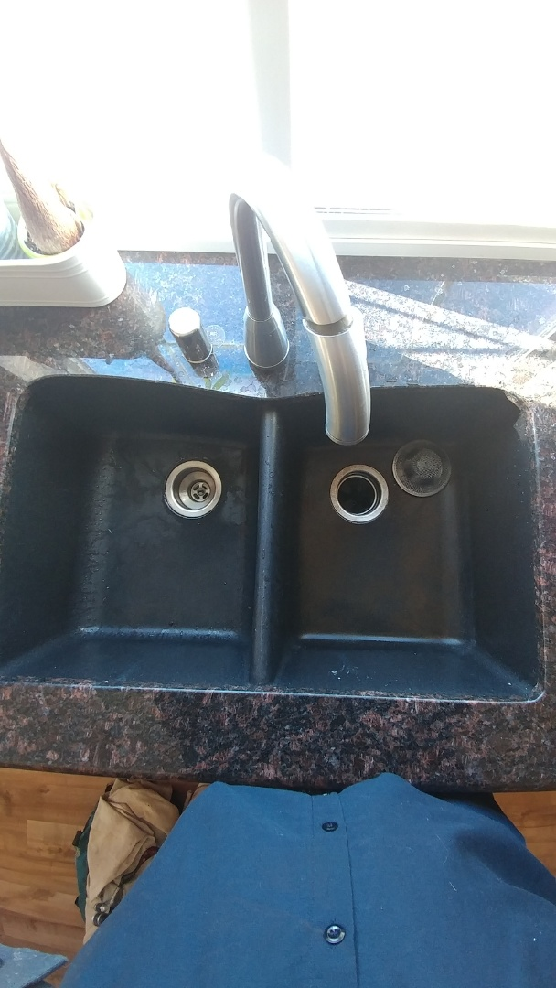 Fairfield, CA - Just unclogged a kitchen sink and a garbage disposal.