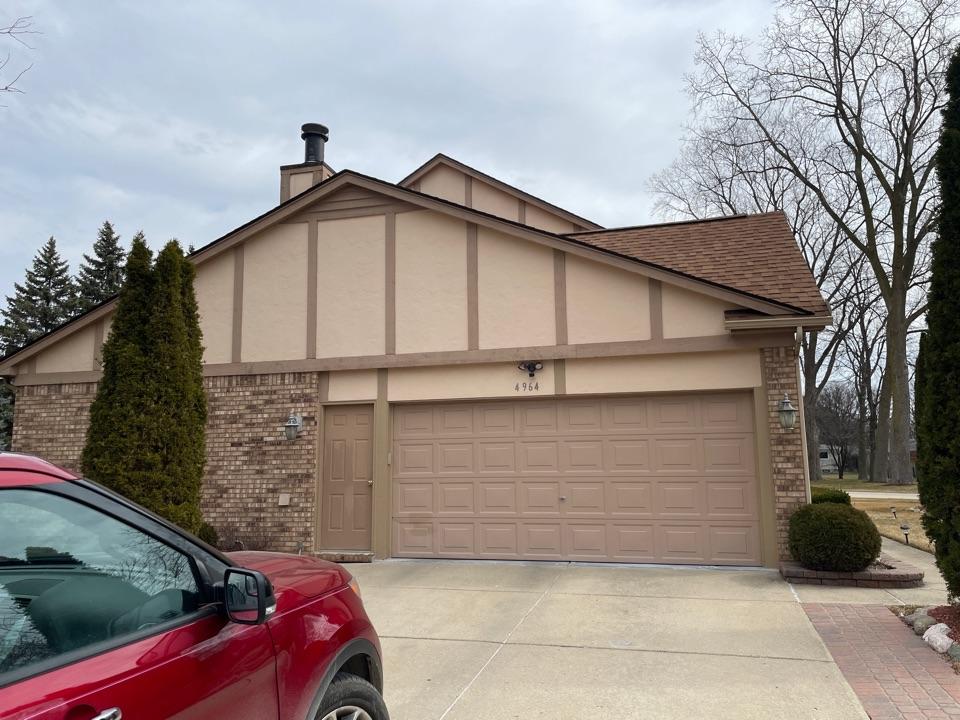 Troy, MI - Kearns Brothers Inc. providing a Siding estimate for homeowner.