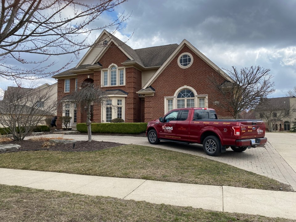 Northville, MI - Have a leaking roof? In need of a new roof? Call Kearns Brothers  Inc. and ask for Scotty P if I can fix it we will talk about the new Timberline HDZ shingle.