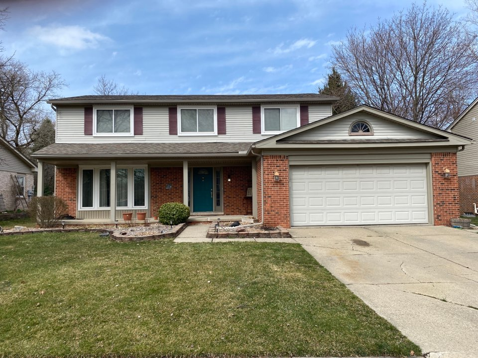 Canton, MI - Dreaming of a home make over? Roof, Windows and Siding? Call Kearns Brothers and ask for Scotty P. I can help you make your dreams come true!!!