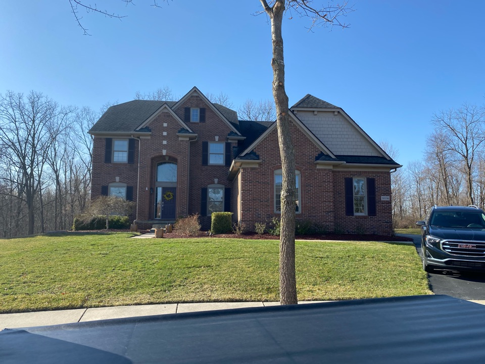 Novi, MI - Have a leaking roof? in need of a new roof? Call Kearns Brothers and ask for Scotty P. If I can fix it we will talk about the new Timberline HDZ shingle with the GAF WEATHER STOPPER SYSTEM