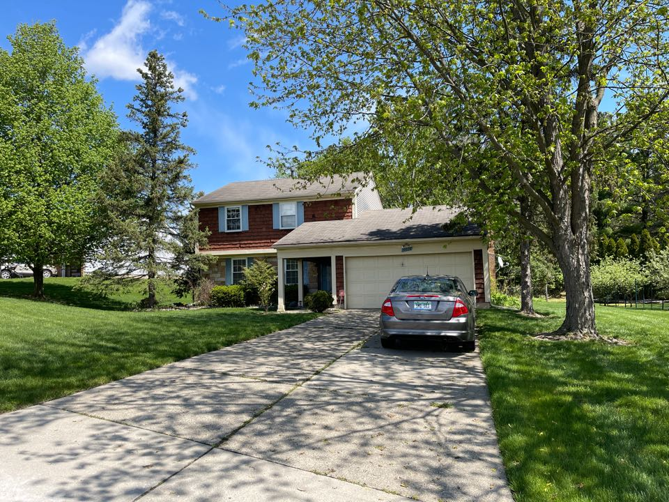 Northville, MI - Kearns Brothers construction to inspect house for a possible new roof GAF timberline high definition the shingle