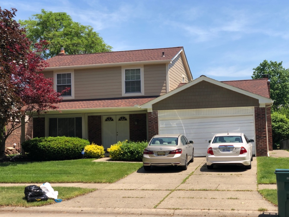 Plymouth, MI - Install James Hardie fiber cement siding, and GAF lifetime timberline HDZ roofing system. Certainteed vinyl soffit and 5 inch seamless gutter system.