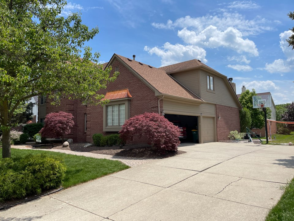 Novi, MI - Kearns Brothers Inc. to replace roof with new GAF Timberline high definition Z shingle