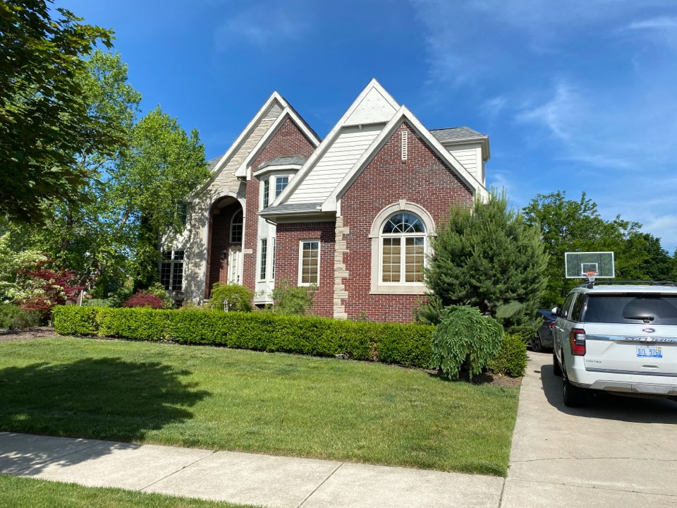 Northville, MI - Have a leaking roof? In need of a new roof? Call Kreans Brothers and ask for Scotty P. If I can fix it we will talk about the GAF Weather Stopper System with the new Timberline HDZ shingle.