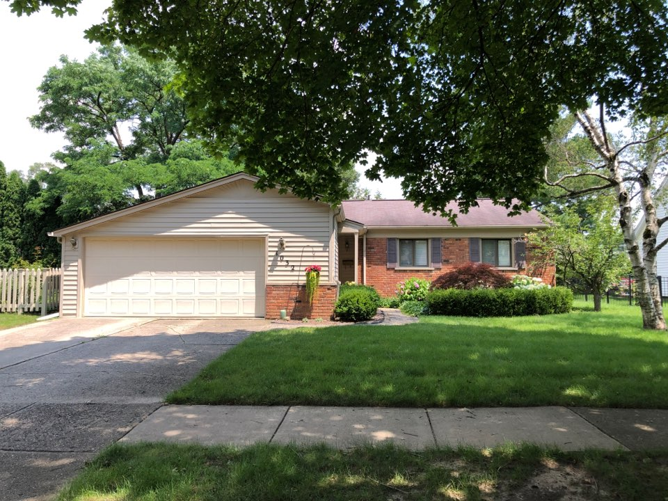 Northville, MI - Kearns Brothers Inc Providing a Roofing estimate for a new Lifetime GAF roofing system