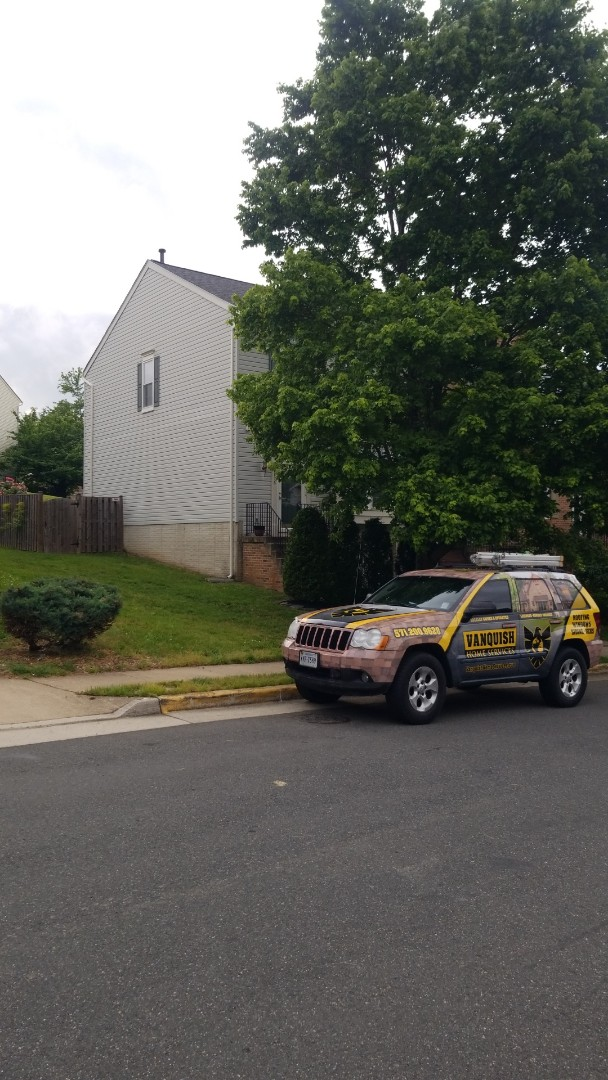 Woodbridge, VA - NEW IKO CAMBRIDGE ROOFING SYSTEM AND 5 INCH SEAMLESS GUTTER SYSTEM INSTALLED