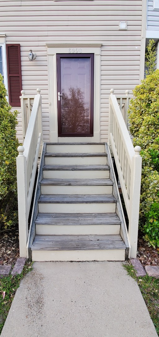 Gainesville front steps install  Vanquish Home Services  571-200-9628
