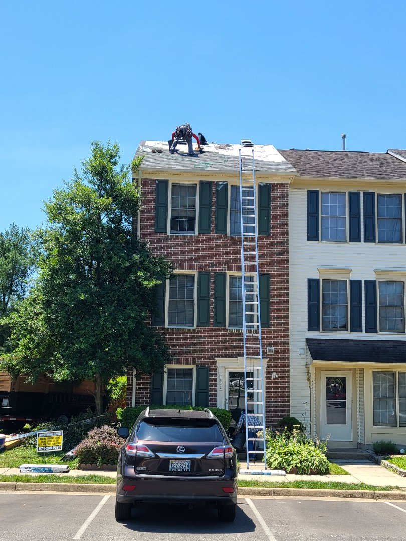 IKO CAMBRIDGE ROOFING SYSTEM INSTALLED IN ALEXANDRIA VA; FAIRFAX COUNTY VA   REROOF-ROOF REPLACE-MISSING SHINGLES-DAMAGED ROOF-