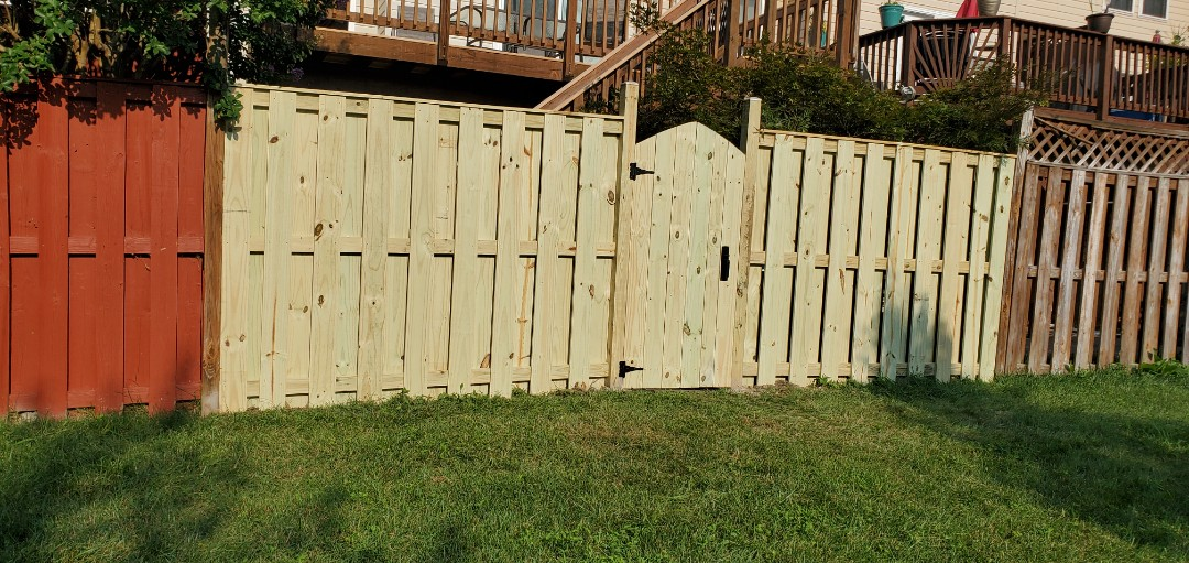 Woodbridge, Prince William County, VA area today.   NEW FENCE INSTALL.  CURRENTLY IN YOUR AREA PROVIDING BLOWOUT DISCOUNTS ON ALL YOUR EXTERIOR HOME IMPROVEMENT PROJECTS   VANQUISH HOME SERVICES  571-200-9628