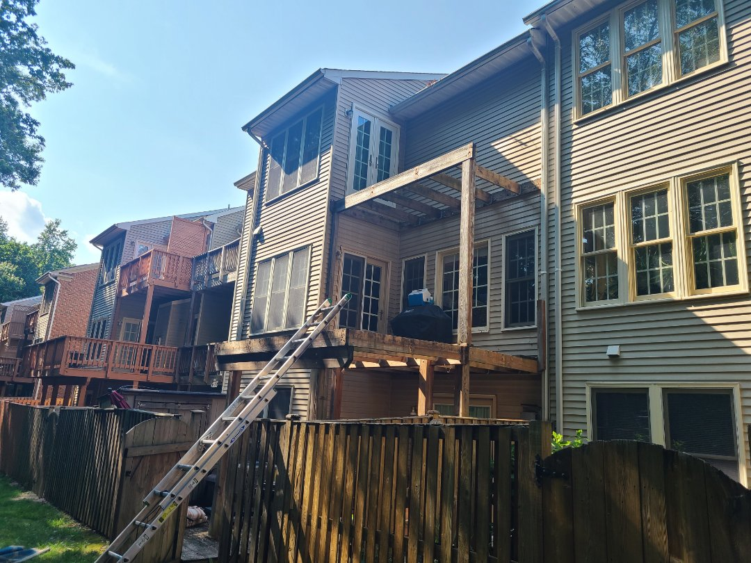 ALEXANDRIA-SPRINGFIELD DECK REJUVENATION STARTED TODAY   TREX DECKING AND RAILING SYSTEM