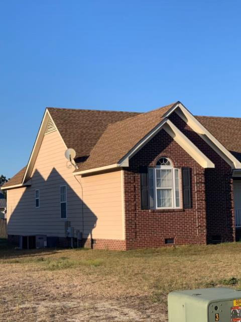Raeford, NC - ATD Restoration takes excellent care of their customers. We take pride as your local roofing contractor and the work we do! Another successful install of GAF Timberline HD shingles in the color Shakewood!