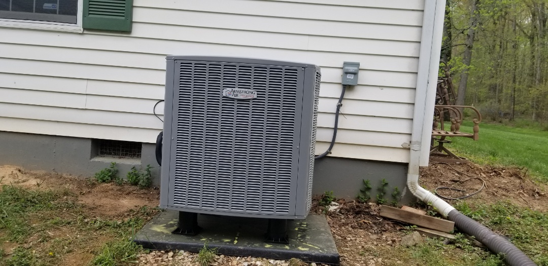 Glenn Dale, MD - Installing a complete 20 seers communication heat pump system