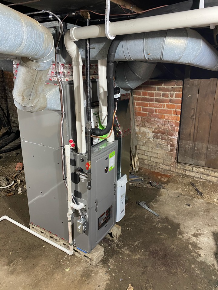 Fort Wayne, IN - Install Ruud furnace and air conditioner.