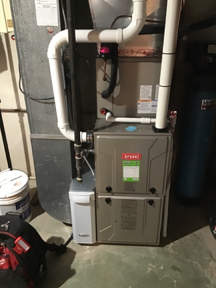 Fort Wayne, IN - Fall 20' check and service furnace unit.