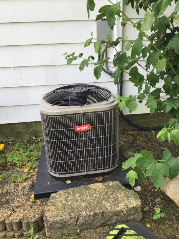 Fort Wayne, IN - Spring 21' check and service a/c unit
