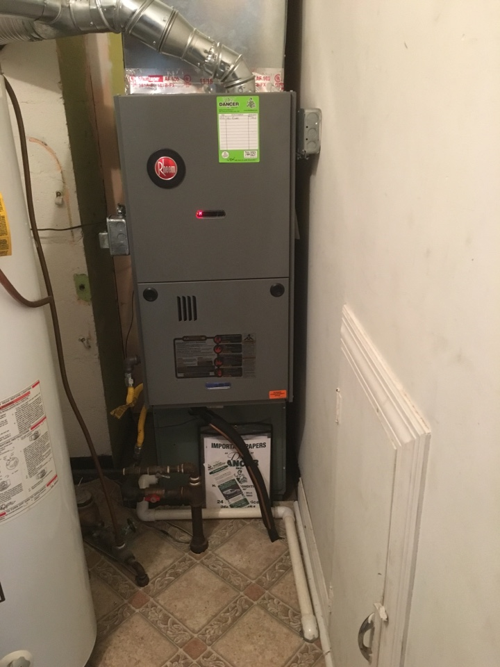 Roanoke, IN - Install new Rheem furnace
