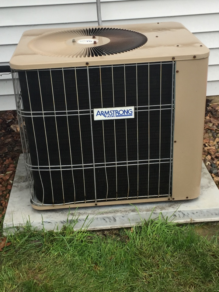 Roanoke, IN - Yearly maintenance on a Armstrong A/c. Unit was not ready for the summer! It needed a new Capacitor.