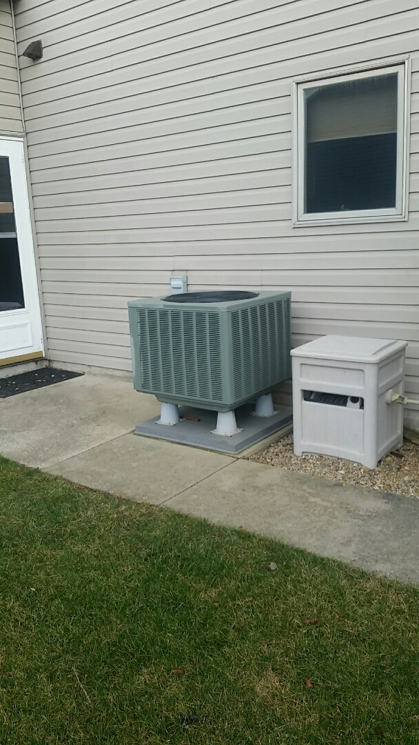Fort Wayne, IN - Service call Compressor replacement on a Rheem heat pump