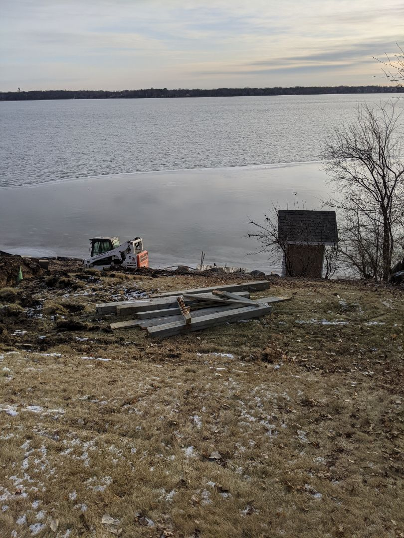 Buffalo, MN - Construction boulder wall landscaping