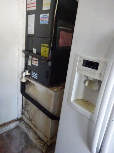 West Palm Beach, FL - This Air Conditioner had an overflow of water when the drain from the condensation pan backed up. The water penetrated the walls and caused damage to the laminated flooring in the adjacent living room. I had the insurance company pay to replace the flooring.