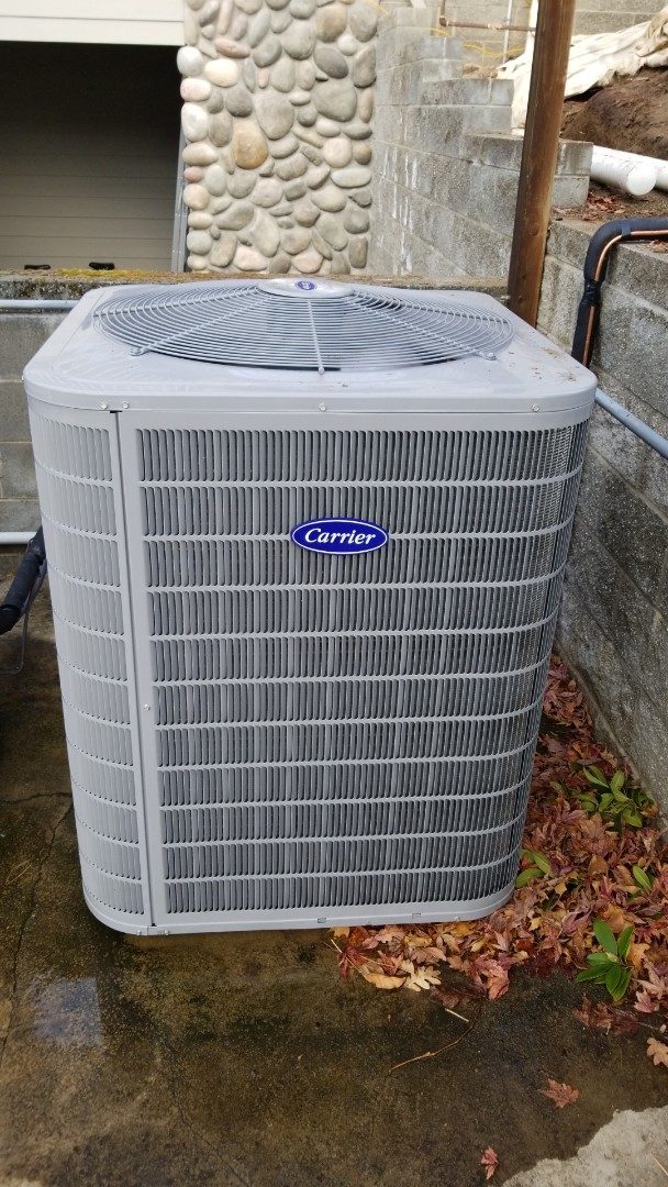 Eagle Point, OR - New carrier 4 ton heat pump.