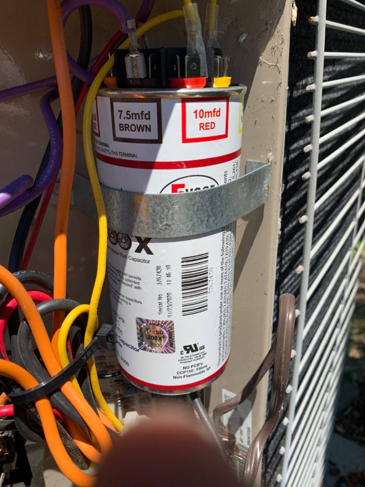 Grants Pass, OR - Service call for no ac with a heat pump. Found a bad capacitor and replaced with a Turbo 200X. This capacitor gives a 5 year warranty!