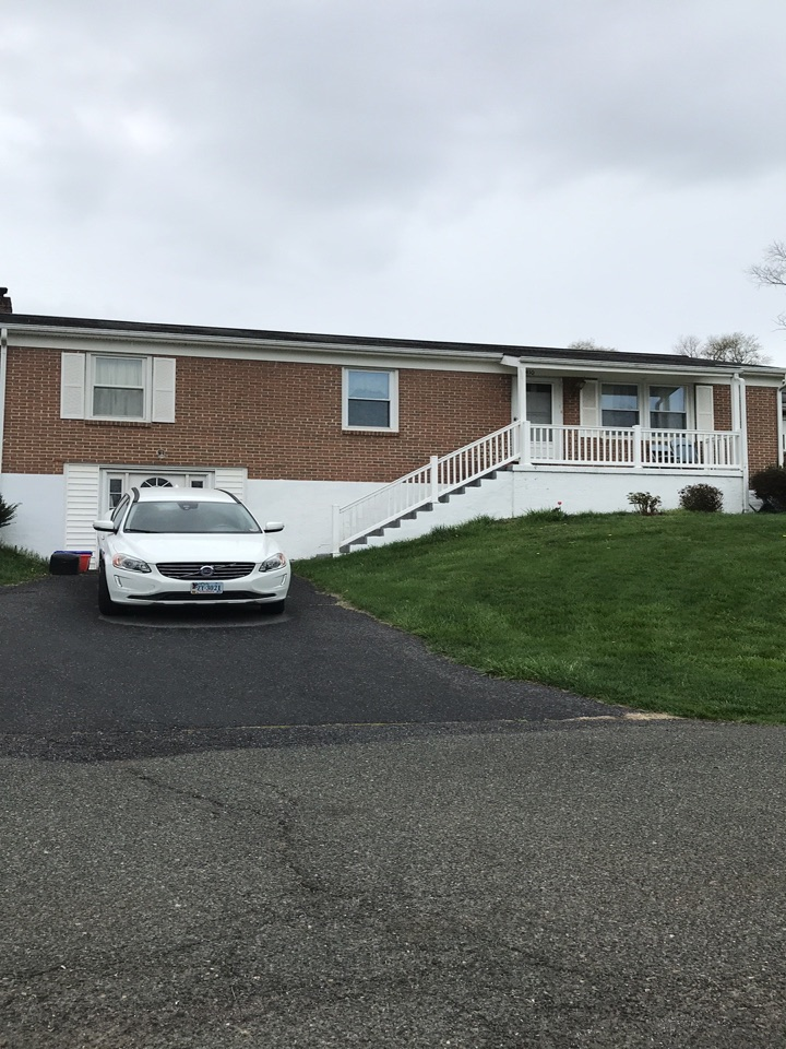 Staunton, VA - Shingle roof needs replaced