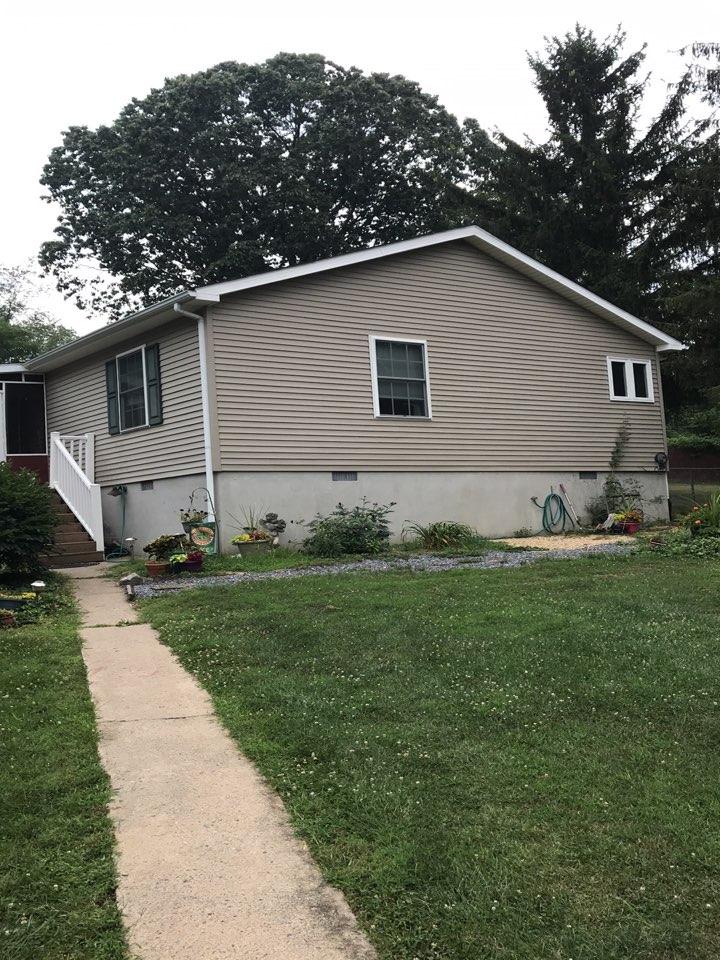 Churchville, VA - Replace shingle roof