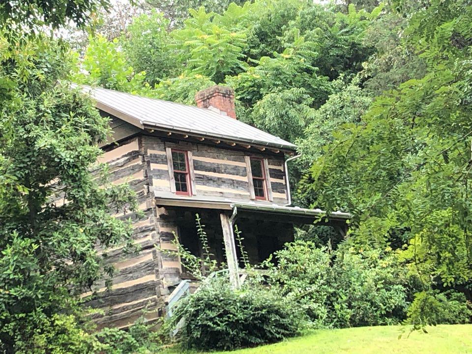 Fairfield, VA - New ENGLERT standing seam roof with 5 inch Berger 1/2 round gutters.