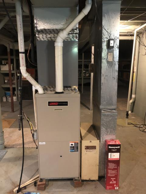Granville, OH - Installed circuit board and system is performing according to manufacturing specifications. Performed furnace tune up on lennox unit system running properly.  Job #69516