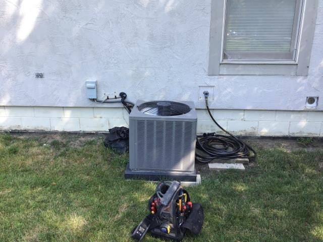 Hilliard, OH - Performed Tune up and Safety Check. Replaced blower motor and cleaned coil.
