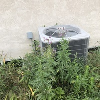 Galena, OH - Confirmed blown capacitor on a 2007 Bryant Air Conditioner. Replaced the Dual Capacitor and recharged the unit with 2 lbs of R-410A Puron and added Easy Seal to prevent leaking. System cooling upon technician departure.