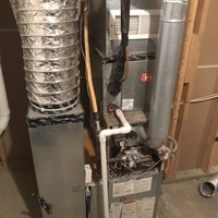Westerville, OH - 2004 Bryant furnace capacitor reading found to be low. Capacitor 7.5 replaced with customer permission and cycled system on to proper heating.