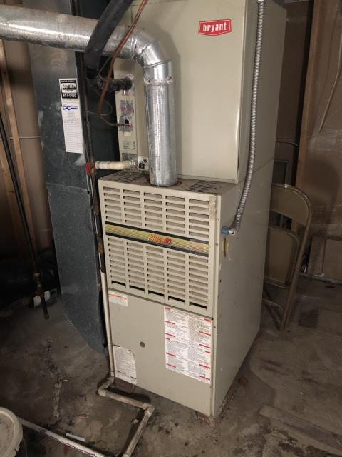 Lewis Center, OH - One of the technicians replaced the high limit switch on Bryant furnace. The furnace is working properly and is ready to heat this winter season.