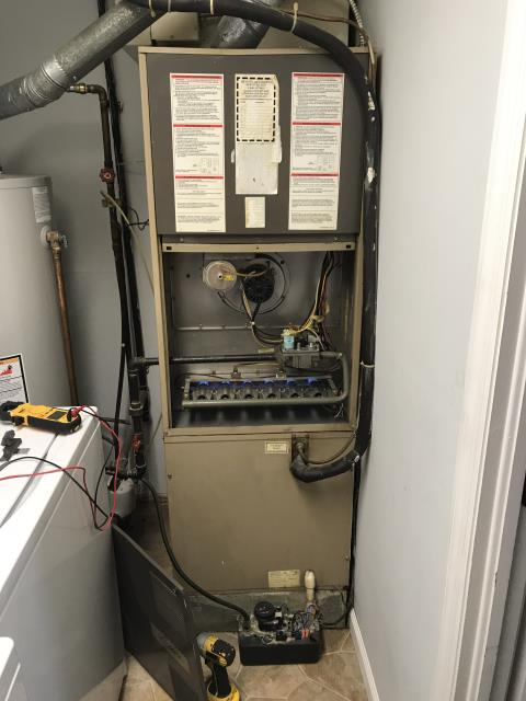 Reynoldsburg, OH - Replaced igniter on Lux-Aire furnace. The equipment is heating properly at this time.