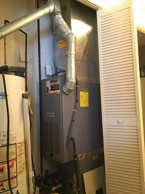 Reynoldsburg, OH - Tuneup and safety check on Comfortmaker furnace. All of the equipment is working properly.