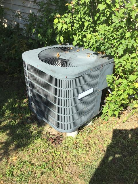 Reynoldsburg, OH - Provided customer a quote on a new Carrier AC system. Pictured below is the current system.