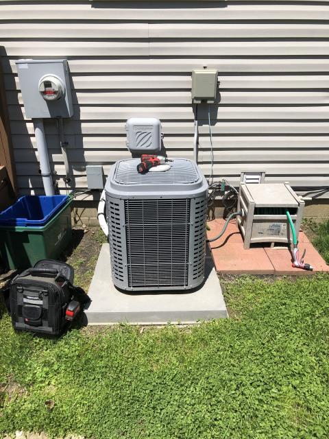 Pataskala, OH - Seasonal maintenance on 2016 Comfortmaker AC. The system is running properly and is in good condition