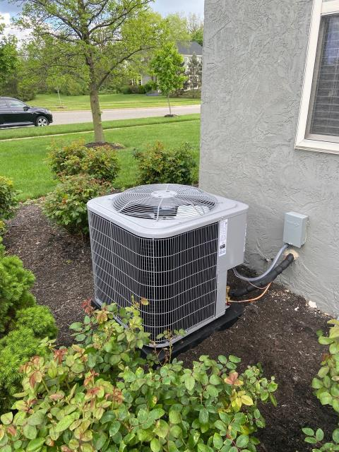 Hilliard, OH - i provided the customer with a free estimate for a new Carrier 96% 80,000 BTU Gas Furnace and Carrier 13 SEER 3.5 Ton Air Conditioner