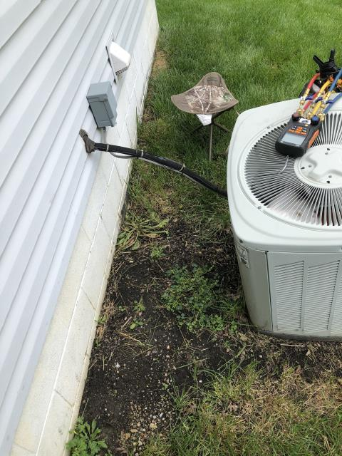 Hilliard, OH - Performing our Five Star Tune-Up & Safety Check on 2003 Trane