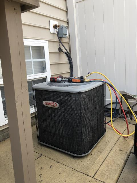 New Albany, OH - Performing our Five Star Tune-Up & Safety Check on a 2008 Lennox