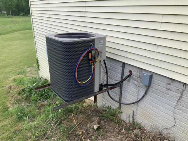 Pataskala, OH - customer stated HP not cooling now but was about two weeks ago. I checked the 2009 Nordyne system critically low on charge. I explained repair/ replace options with customer. customer need to think and will get back to us
