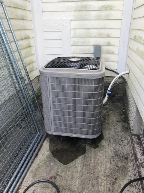 Delaware, OH - I Performing our Five Star Tune-Up & Safety Check on a 2017 Bryant Air Conditioner