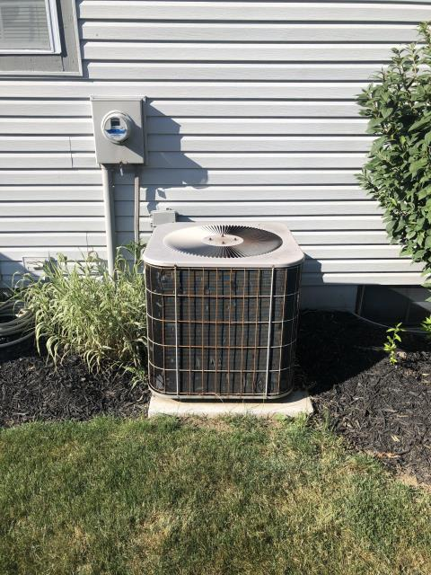 Dublin, OH - I Performing our Five Star Tune-Up & Safety Check on a 2019 Carrier Air Conditioner