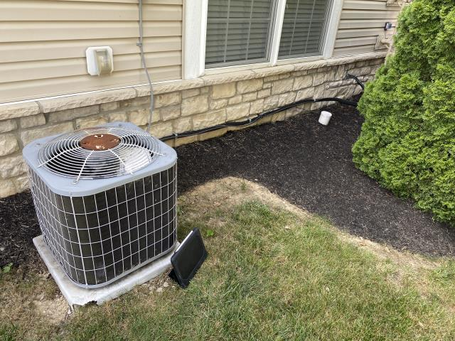 Westerville, OH - Replace Compressor-Motor Surge Capacitor on the 2005 Bryant Air Conditioner