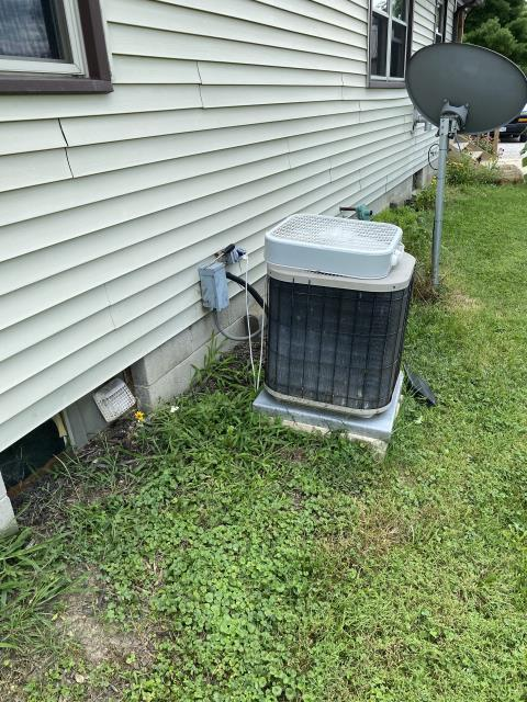 Delaware, OH - I installed a new Carrier 80% 70,000 BTU Gas Furnace--Carrier 13 SEER 3 Ton Air Conditioner